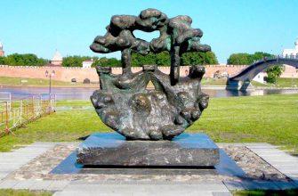 Забор у «Ганзейского знака» новгородцы назвали «оградкой»